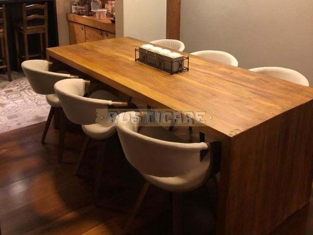 Mesa jantar em viga